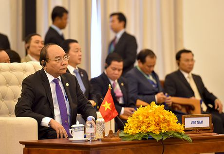 Toan canh: Thu tuong du Hoi nghi cap cao CLV 9 tai Campuchia - Anh 9