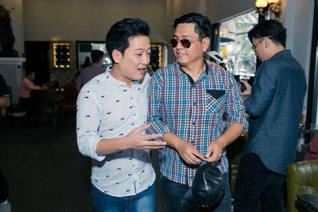 Hoai Linh tiet lo phai uong thuoc ngu suot 4 nam - Anh 3