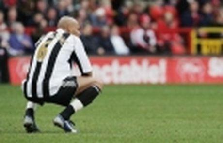 Chinh thuc: Them mot cau thu gia han voi Arsenal - Anh 3