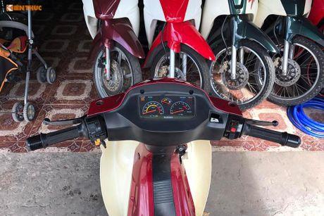 Suzuki RGV 120 doi cu dat ngang 'xe hop' tai Sai Gon - Anh 6