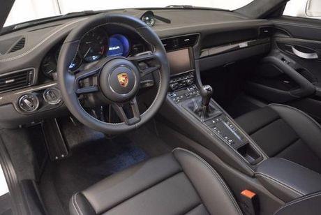 Sieu xe Porsche 911R tang gia gap 3 lan sau 8 thang - Anh 4
