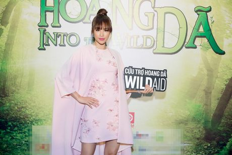 Pham Huong, Phan Anh cuong nhiet nhay flashmob cung khan gia - Anh 1