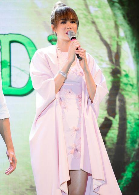 Pham Huong, Phan Anh cuong nhiet nhay flashmob cung khan gia - Anh 5