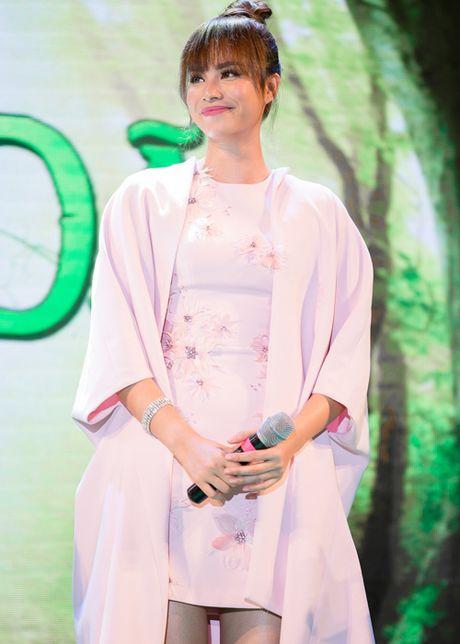 Pham Huong, Phan Anh cuong nhiet nhay flashmob cung khan gia - Anh 6