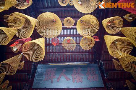 Hoi quan nguoi Hoa co vi tri 'la lung' o Sai Gon - Anh 14