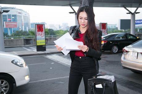 Dieu Ngoc mang hon 100 kg hanh ly toi Miss World 2016 - Anh 3