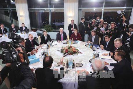 """Nga """"nong mat"""" vi Ukraine khong muon giai quyet cuoc khung hoang o Donbass - Anh 1"""