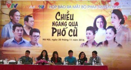 """Chieu ngang qua pho cu"" – buc tranh ve nguoi Ha Noi - Anh 1"