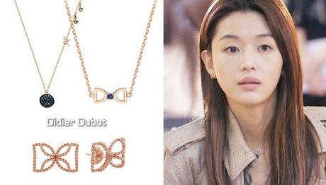 Nu trang dang cap cua Jun Ji Hyun trong 2 phim hot - Anh 4