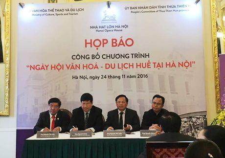 'Mua dong xu Hue' dien ra o Ha Noi nhu the nao? - Anh 1