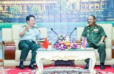 Trung Quoc va Campuchia tang cuong hop tac quan su - Anh 1