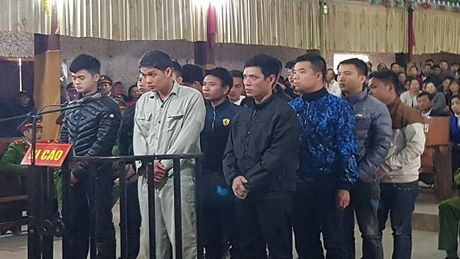 15 bi cao trong vu truy sat kinh hoang o Phu Tho lanh an - Anh 1