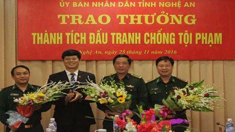 Thuong cho Ban chuyen an pha duong day ma tuy xuyen quoc gia - Anh 1