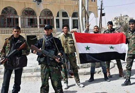 Tinh hinh Syria 25/11: Quan doi Syria tieu diet hang chuc tay sung IS o phia Dong Aleppo - Anh 3