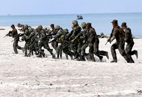 Lien minh quan su My - Philippines 'khong de vo' - Anh 1