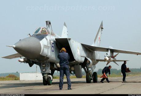 'Ma toc do' tiem kich danh chan MiG-31BM van chua co doi thu? - Anh 1