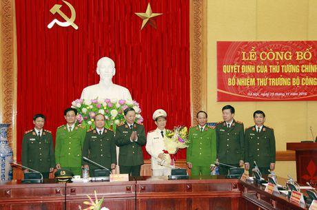 Cong bo Quyet dinh bo nhiem Thu truong Bo Cong an Nguyen Van Son - Anh 3