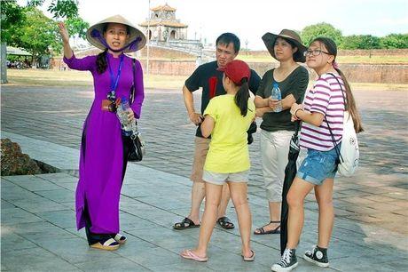 "Vui buon phan nu ""tour guide"" - Anh 5"