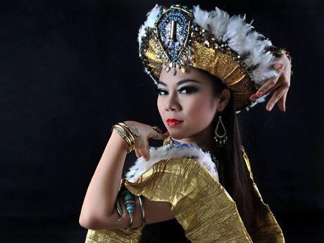 'Co gai vang' Do Hong Hanh sang Malaysia day mua bung - Anh 1
