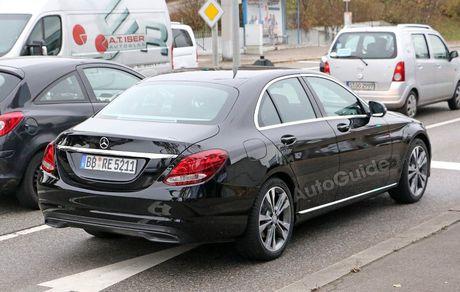 Mercedes-Benz C-Class 2019 lan dau lo dien - Anh 4