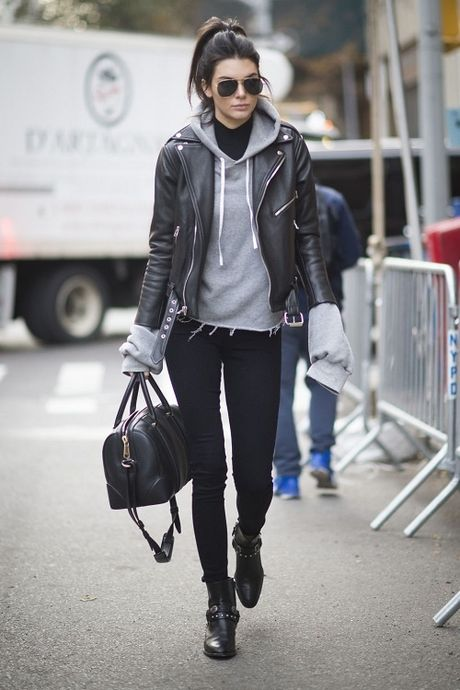 Kendall Jenner: Tu cai bong cua Kim Kardashian den 'nu hoang catwalk' - Anh 7