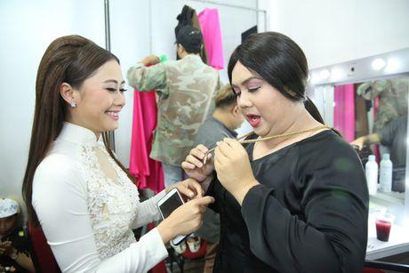 Gia Bao tai hien vai dien cuoi cung cua Minh Thuan - Anh 1