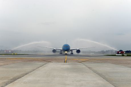 Vietnam Airlines don nhan may bay Boeing 787 Dreamliner thu 10 - Anh 2