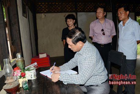 Doan cong tac tinh Nghe An dang huong Chu tich Ho Chi Minh tai Udonthani - Thai Lan - Anh 11
