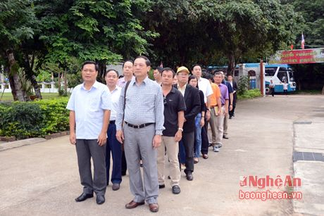 Doan cong tac tinh Nghe An dang huong Chu tich Ho Chi Minh tai Udonthani - Thai Lan - Anh 1