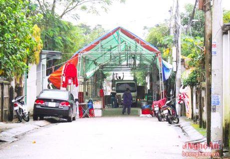TP Vinh: Rap cuoi chan het loi di - Anh 2