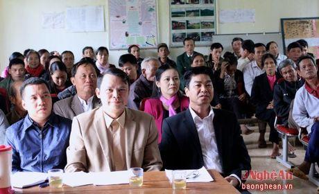 Cu tri huyen Thanh Chuong: 'Chung toi mua phan bon ma nhu danh bac' - Anh 1