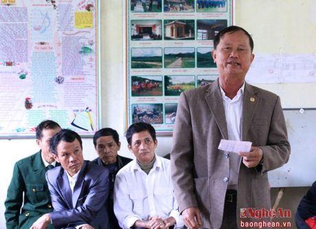 Cu tri huyen Thanh Chuong: 'Chung toi mua phan bon ma nhu danh bac' - Anh 2