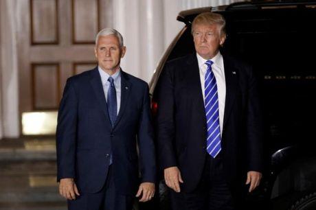 Trump van lam viec trong ngay Le Ta on de giu nha may o lai My - Anh 1