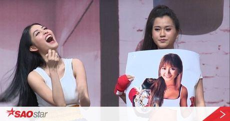 Tinh cu Tran Thanh 'dung hinh' khi bi 'ep' hat hit cua Hari Won - Anh 1