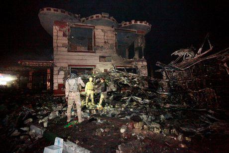 IS danh bom lieu chet o Iraq, 100 nguoi thiet mang - Anh 2