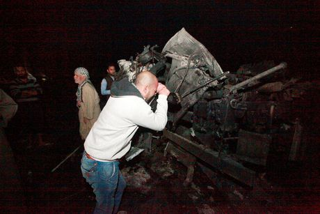 IS danh bom lieu chet o Iraq, 100 nguoi thiet mang - Anh 7