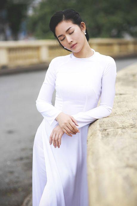Mai Thanh Ha dep nao long voi ao dai giua troi dong Ha Noi - Anh 2