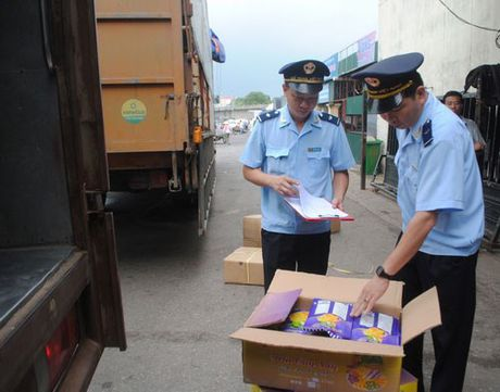 Hai quan truy thu hang nghin ti dong tien thue nam 2016 - Anh 1