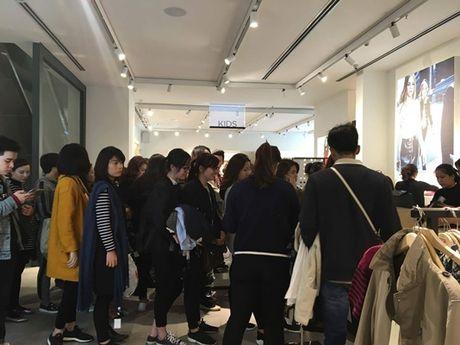 Chen chan mua sam ngay 'Black Friday' 2016 - Anh 3