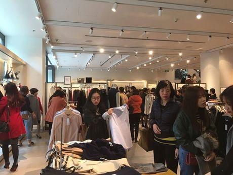 Chen chan mua sam ngay 'Black Friday' 2016 - Anh 4