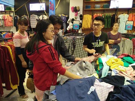 Chen chan mua sam ngay 'Black Friday' 2016 - Anh 9