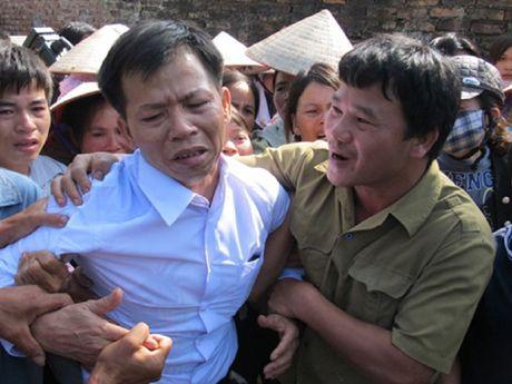Xet xu nguyen pho truong cong huyen lam oan ong Chan - Anh 4