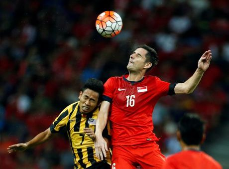 'Nan gan' doi thu cua tuyen Viet Nam o ban ket AFF Cup - Anh 4