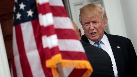 Ong Trump khong them nghe bao cao tinh bao quoc gia - Anh 1