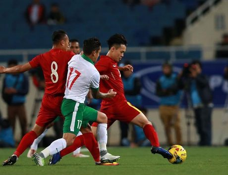 Viet Nam rong cua tai ngo Indonesia o ban ket AFF Cup - Anh 2
