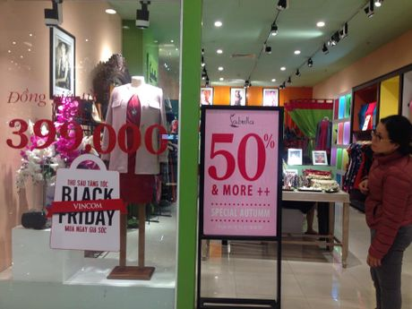 Goi hang truoc, tra nua tien, cho Black Friday moi duoc nhan - Anh 2