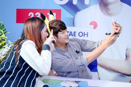 Khoanh khac Kang Tae Oh than thiet voi fan Viet - Anh 4