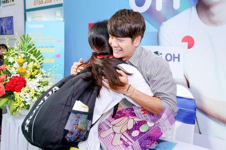 Khoanh khac Kang Tae Oh than thiet voi fan Viet - Anh 6