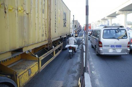 Ket xe tren Xa lo Ha Noi, giao thong hon loan - Anh 12