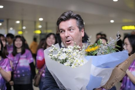 Modern Talking duoc tang cuc hoa mi khi toi Viet Nam - Anh 1